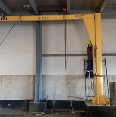 В Морской порт Суходол компанией ООО «Грузоподъемспецтехника-Находка» были изготовлены и установлены:  Кран консольный стационарный г/п 0,25т и г/п 0,5т